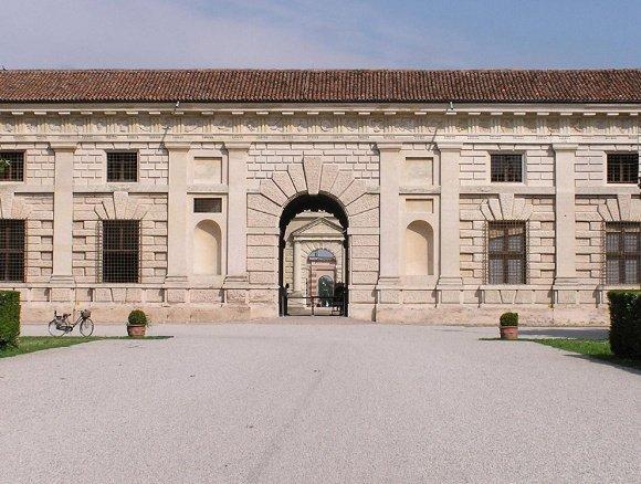 Mantova_PALAZZO_TE_INGRESSO_PRINCIPALE