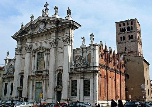 La cattedrale centro guide mantova i gonzaga for Gonzaga arredi